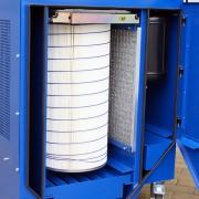 filtr główny, metalowy pre-filtr, zbiornik sprężonego powietrza